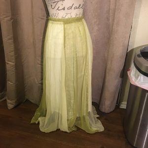 Dresses & Skirts - Skirt multi colored green. Size Medium (8-10).